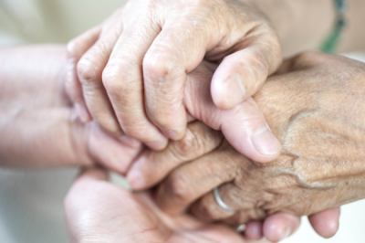 Finding the right memory care community in Louisville, KY can help ease your parent's dementia hallucinations and delusions.