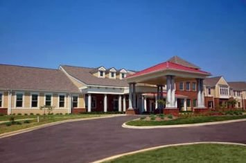 Symphony at Oaklawn Personal and Memory Care