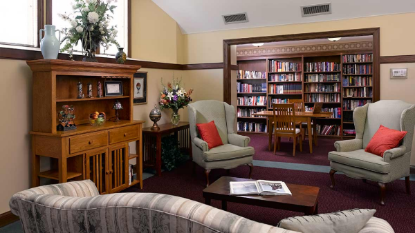 Library Atria Springdale - Independent Living, Louisville, KY