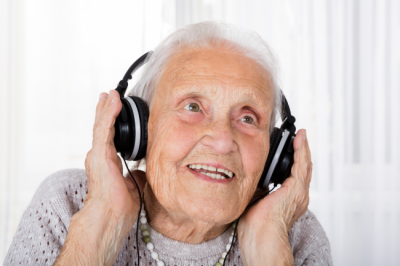 Music therapy for dementia is a great way to help those suffering with memory loss.