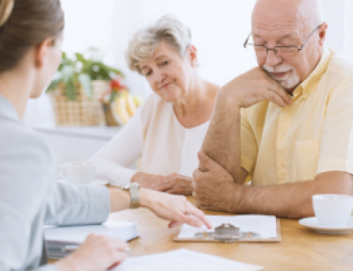 Finding A Senior Living Community On Your Own vs Using Senior Placement Services
